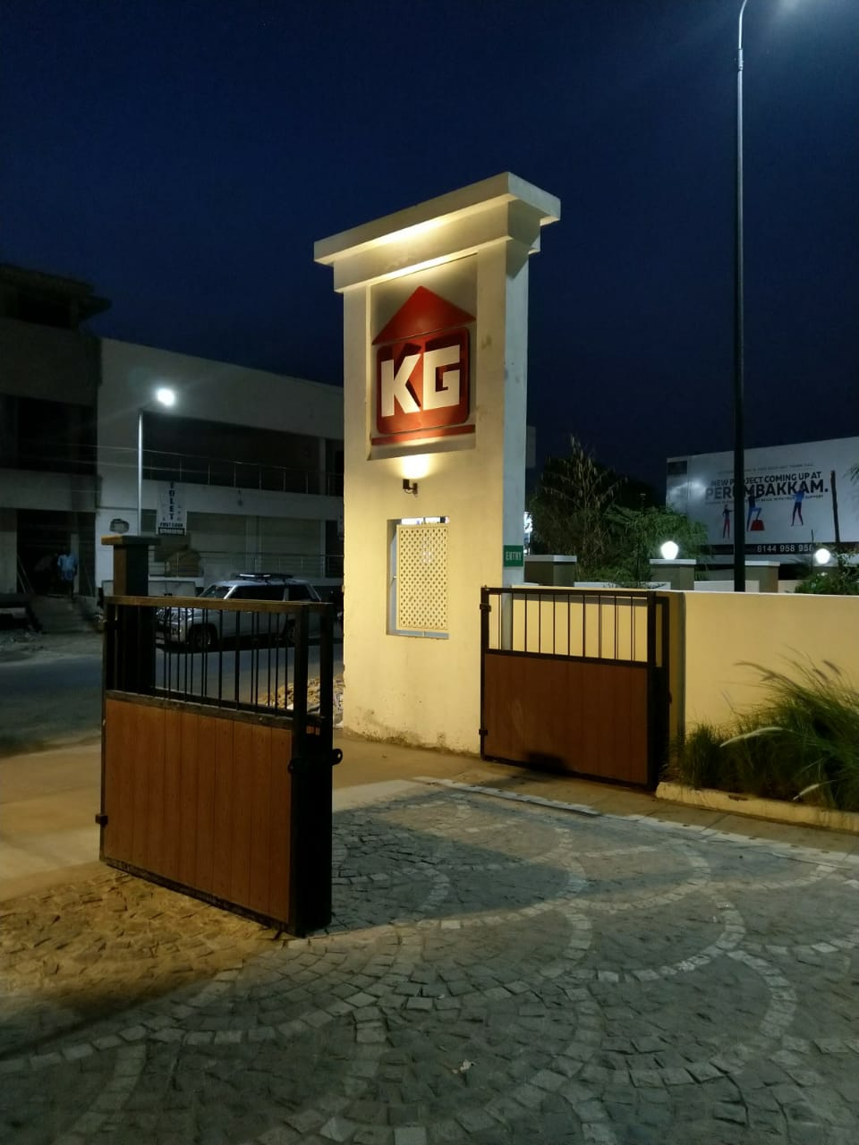 house for sale in perumbakkam - KG Builders