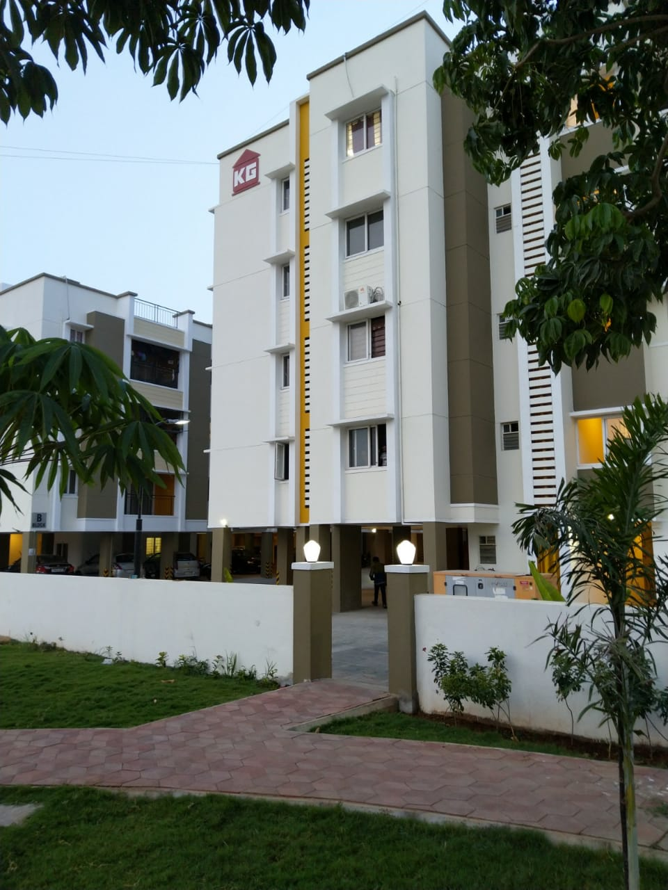 flats for sale in perumbakkam - KG Builders